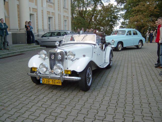 http://www.zs.objezierze.pl/stare_auta8.jpg